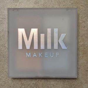 Milk makeup holographic powder